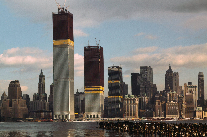 Architecture twin tower construction 515291908 crop 5b72504e46e0fb005092118f